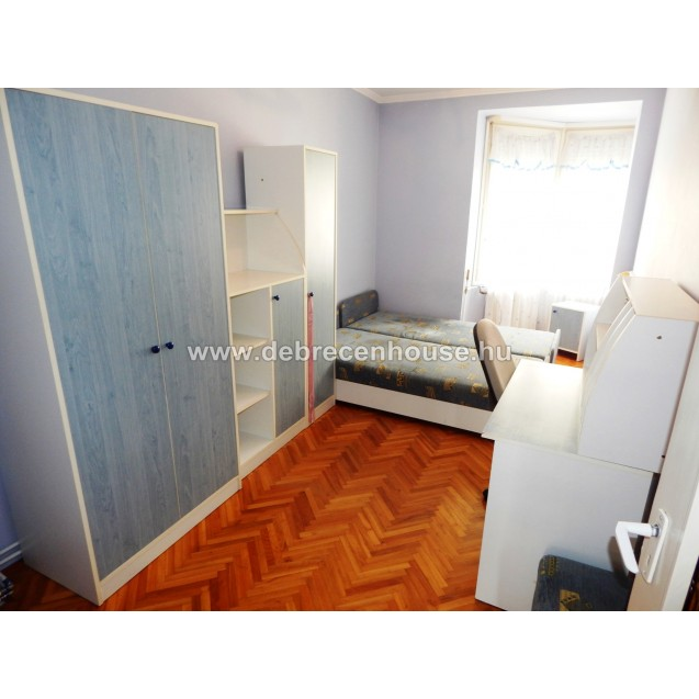 3 rooms flat for SALE in city center. 28.90 m. Ft.
