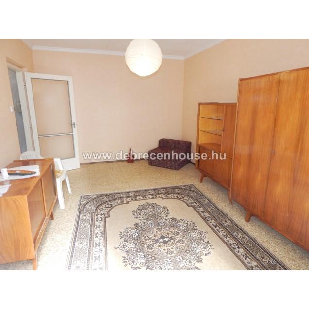 1 bedroom flat for sale. 19.9 m. Ft.
