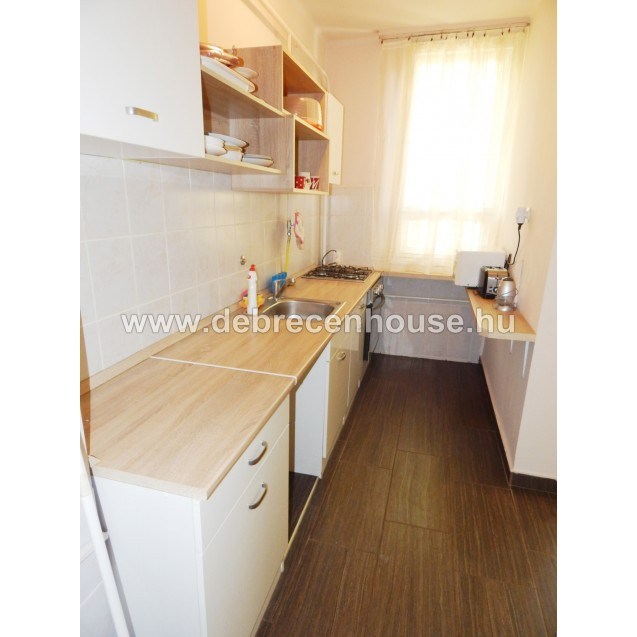 For SALE! 2 bedrooms flat, near by Medical and Agricultural uni. 24.99 m. Ft.