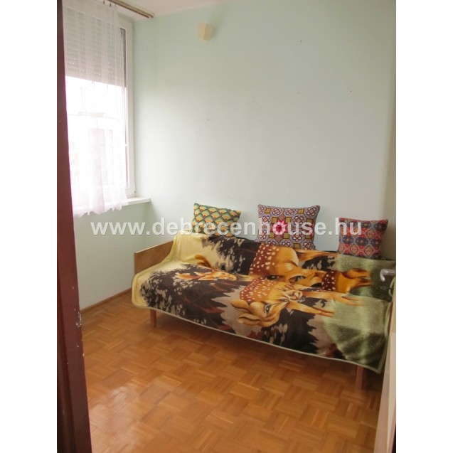 Living room + 2 bedrooms flat for SALE. In Thomas Mann street. 24.5 m. Ft.