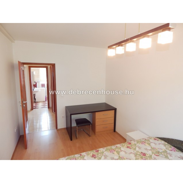 2 bedrooms + walk in closet room flat at newer building 180K
