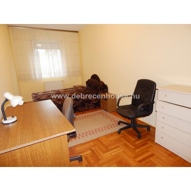 For Sale! living room + 2 bedrooms flat next to Med -  Agri uni. 47.2 m. Ft.